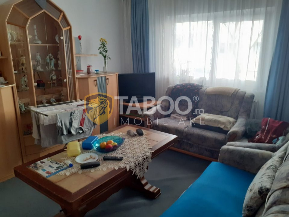 Apartament 3 camere de vanzare in Fagaras zona Unirii 1