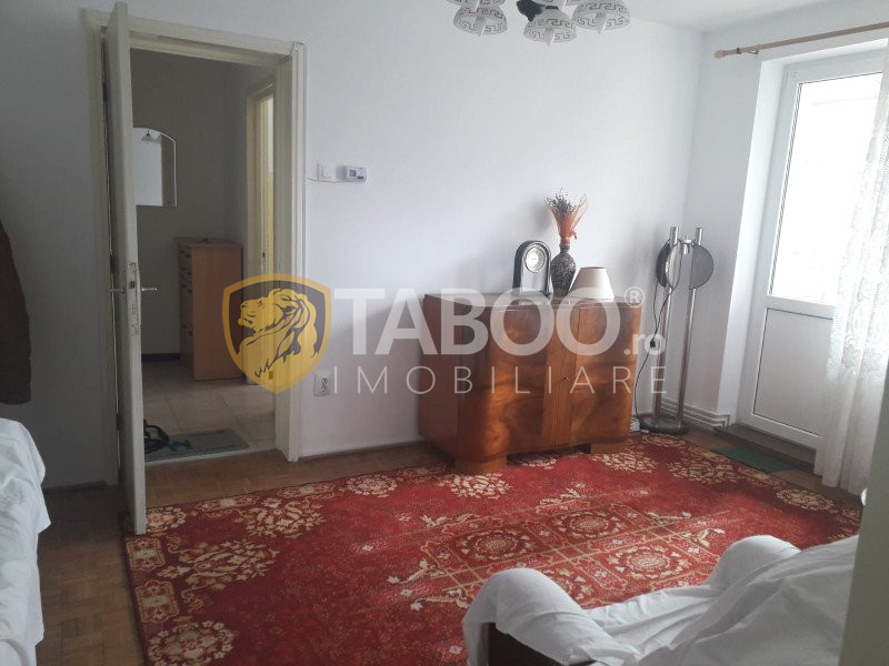 Apartament cu 2 camere de inchiriat in zona Centrala din Sibiu 1