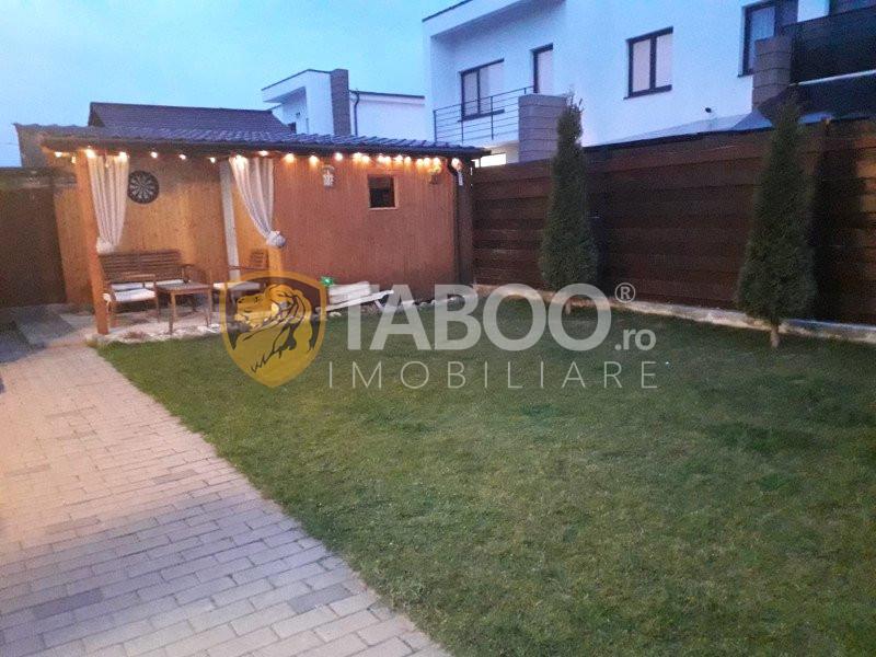 Casa de vanzare cu 3 camere 160 mp teren liber zona Turnisor Sibiu 1