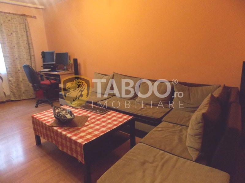 Apartament 2 camere decomandate de vanzare zona Terezian in Sibiu 1