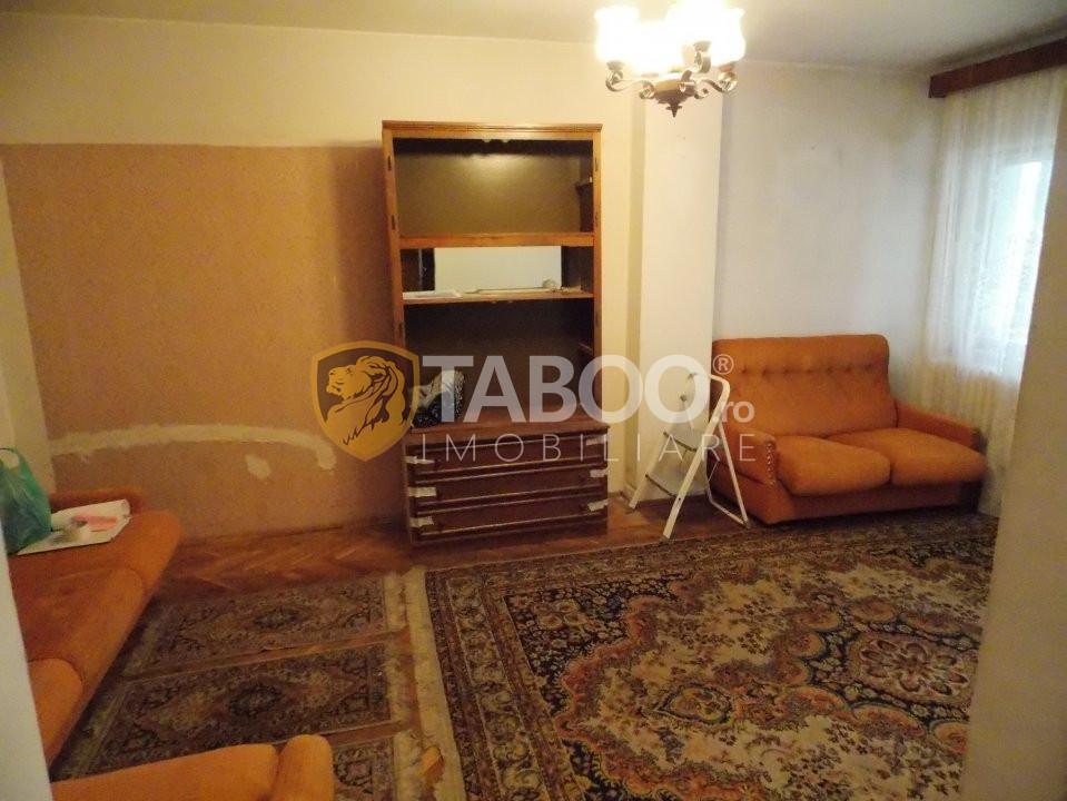 Apartament 3 camere decomandate de vanzare in Sibiu zona Garii 3