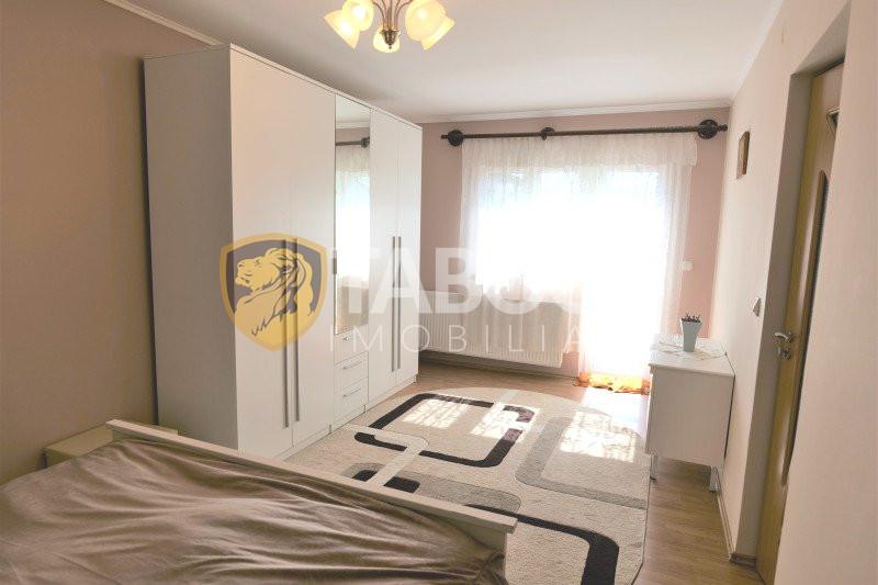 Duplex de vanzare 6 camere 182 mp utili zona Terezian Sibiu 1