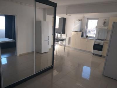 Apartament decomandat mobilat si utilat de vanzare Mihai Viteazu Sibiu