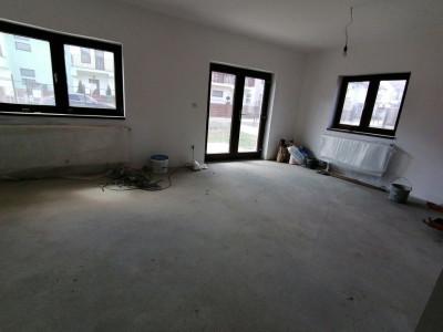 Casa de vanzare cu 5 camere 185 mp curte zona Selimbar Sibiu