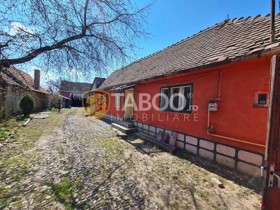 Casa veche de vanzare aproape de centrul municipiului Sebes 1