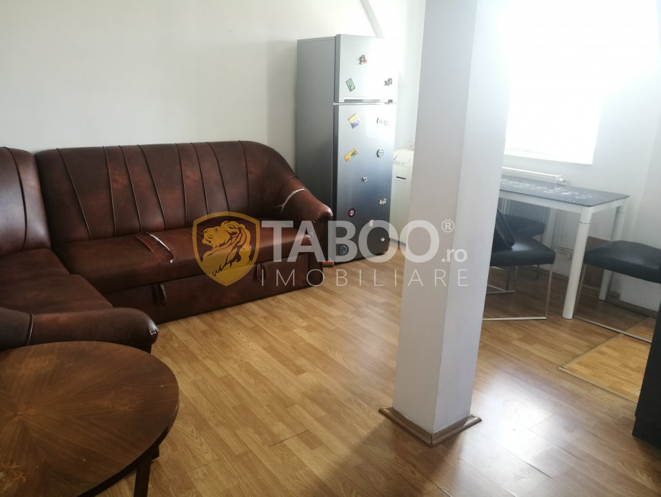 Apartament de vanzare 3 camere 65 mp utili zona Rahovei Sibiu 1