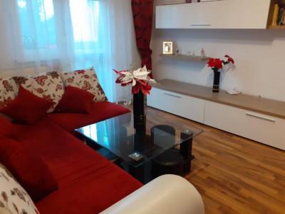 Apartament 3 camere de vanzare Tudor Vladimirescu Fagaras