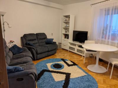 Apartament 4 camere si 2 bai de vanzare in Sibiu zona Strand