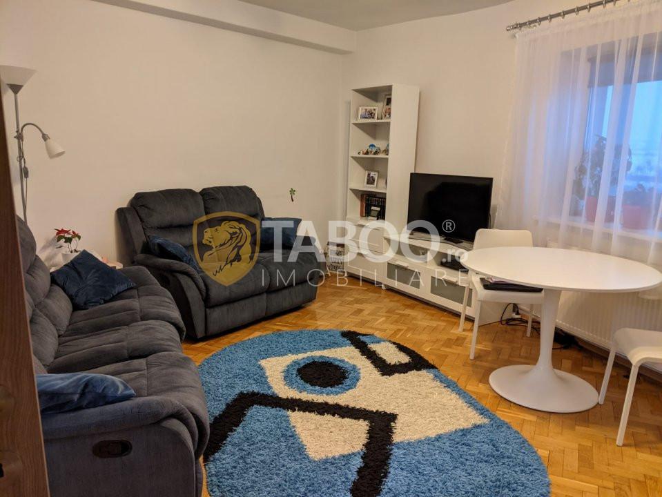 Apartament 4 camere si 2 bai de vanzare in Sibiu zona Strand 1