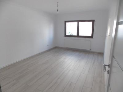 Apartament 2 camere de inchiriat Sibiu zona Centrala pretabil birouri