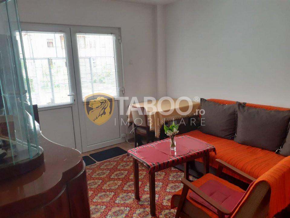 Apartament 2 camere zona Centrala in Fagaras pretabil spatiu comercial 1