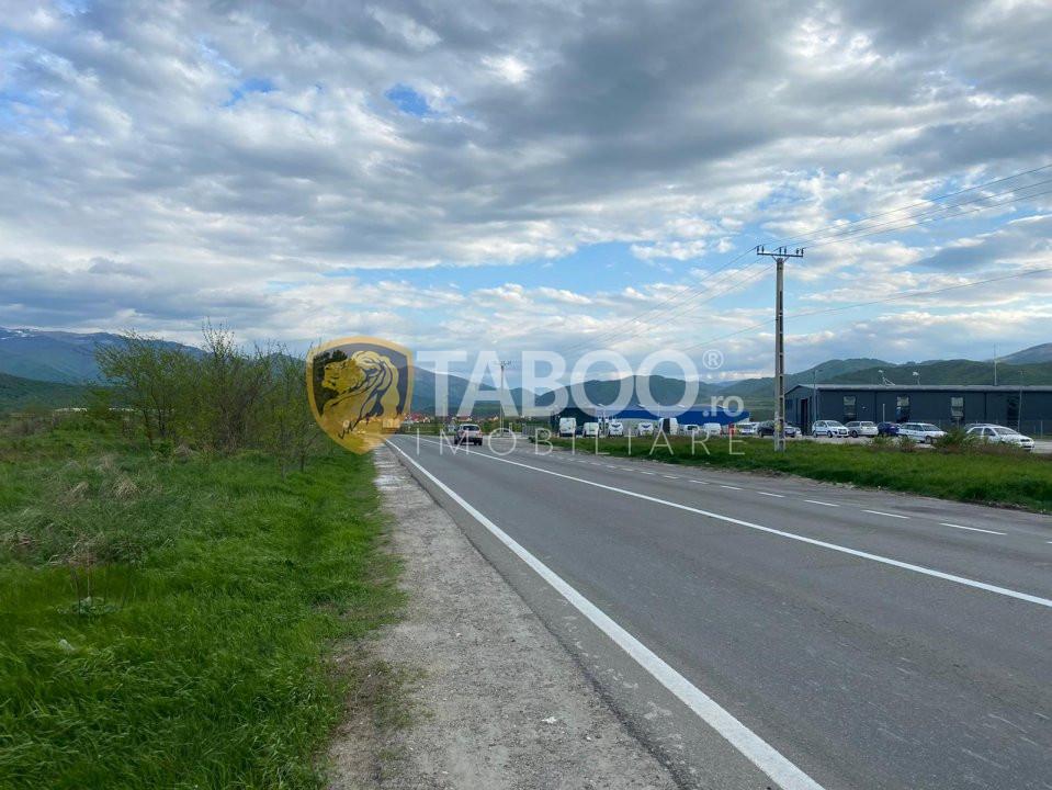 Teren de vanzare 10000 mp 52 m deschidere zona industriala Sibiu 1