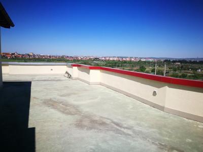 Penthouse finisat 396 mp 3 camere garaj terasa de vanzare Strand Sibiu