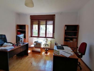 Spatiu pentru birou de inchiriat zona Calea Dumbravii Sibiu