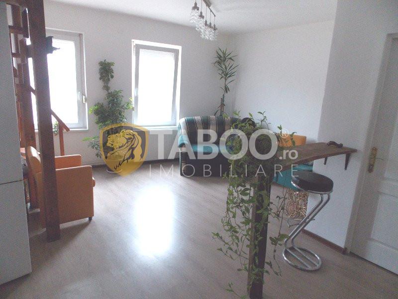 Apartament 3 camere la casa de vanzare in Sibiu Terezian curte 420 mp 2