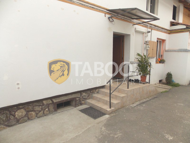 Apartament 3 camere la casa de vanzare in Sibiu Terezian curte 420 mp 10