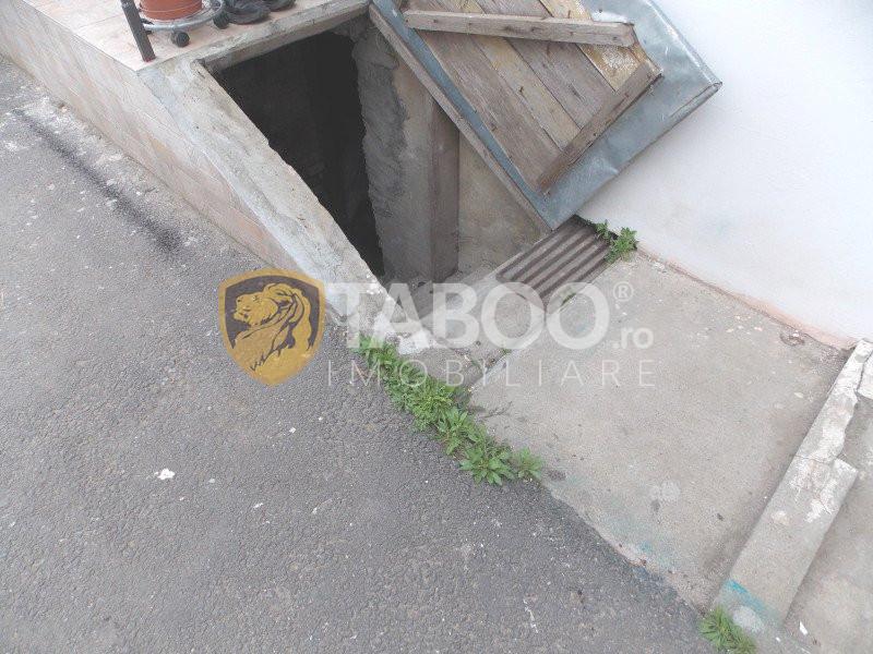 Apartament 3 camere la casa de vanzare in Sibiu Terezian curte 420 mp 18