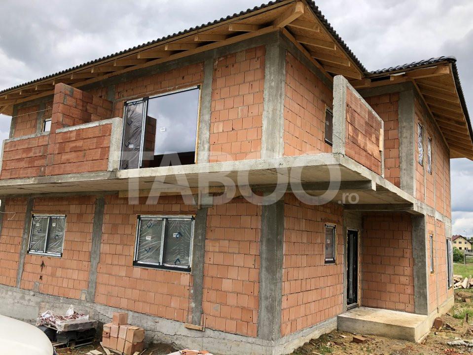 Casa tip duplex 5 camere de vanzare in Cisnadie Sibiu 1