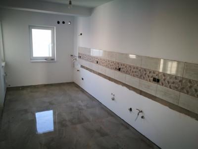 Apartament de vanzare in Selimbar 3 camere 77 mpu 1 balcon 1 dressing