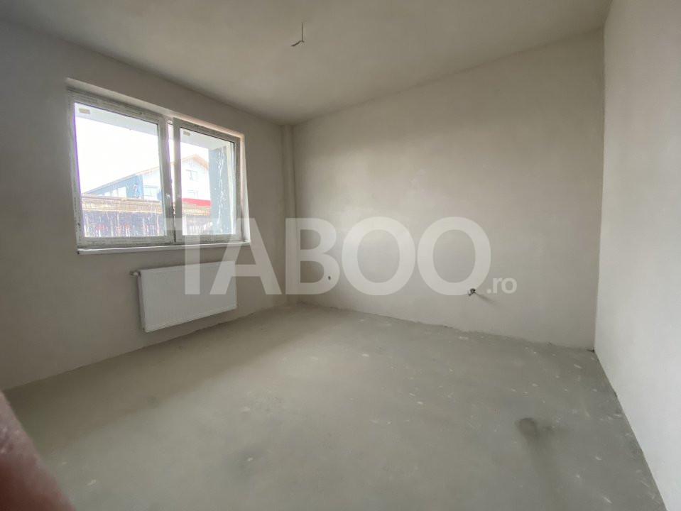 Apartament de vanzare 2 camere decomandat 51 mpu 2 balcoane Turnisor 1
