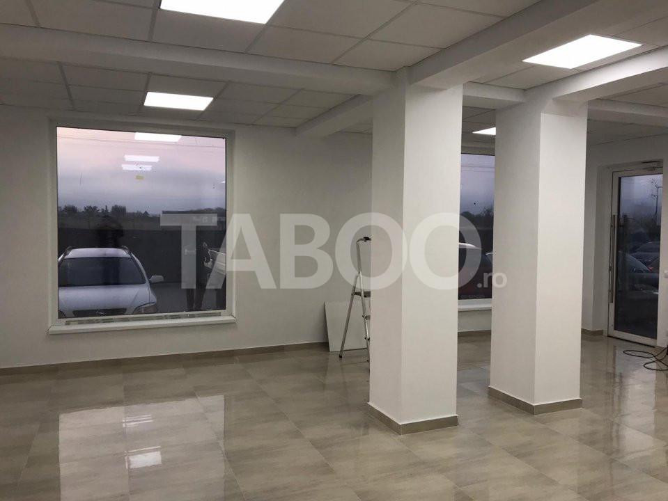 Spatiu comercial de vanzare 73 mp cu vitrina Calea Surii Mici Sibiu 1