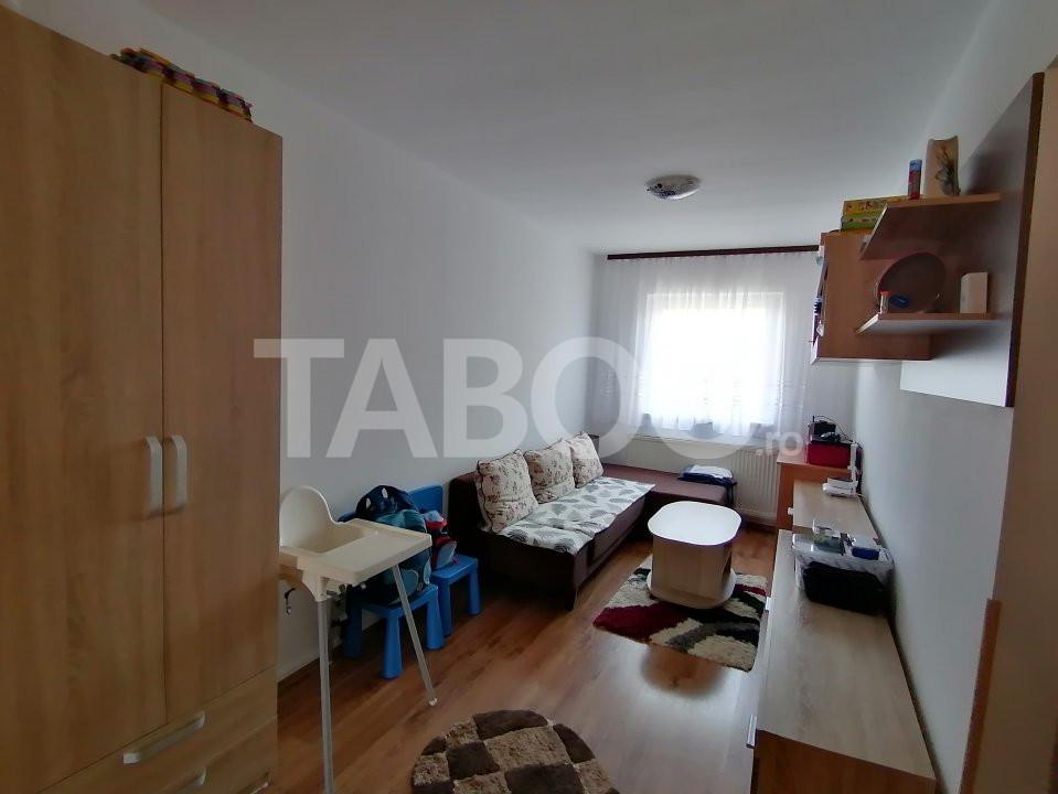 De vanzare apartament 3 camere zona Terezian Sibiu 1