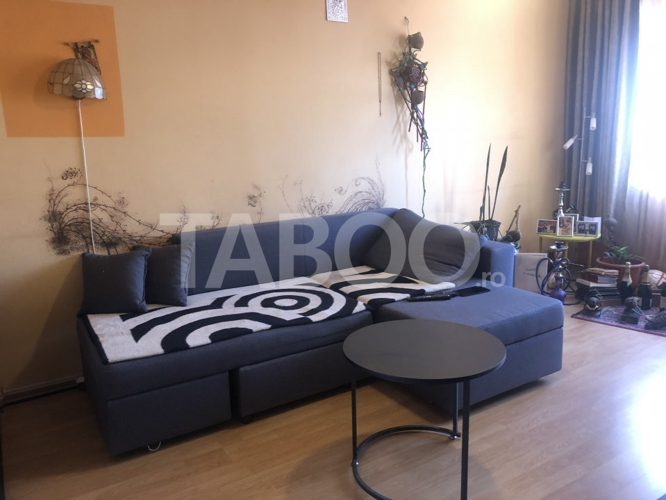 Apartament cu 3 camere decomandate de vanzare Sibiu zona Vasile Aaron 1