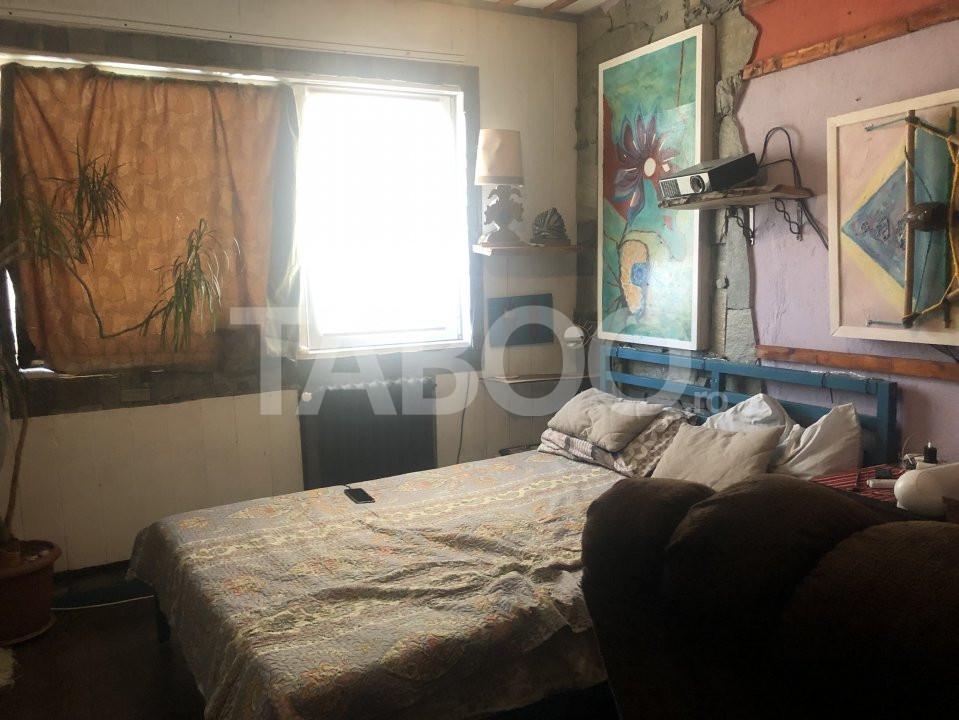 Apartament cu 3 camere decomandate de vanzare Sibiu zona Vasile Aaron 4