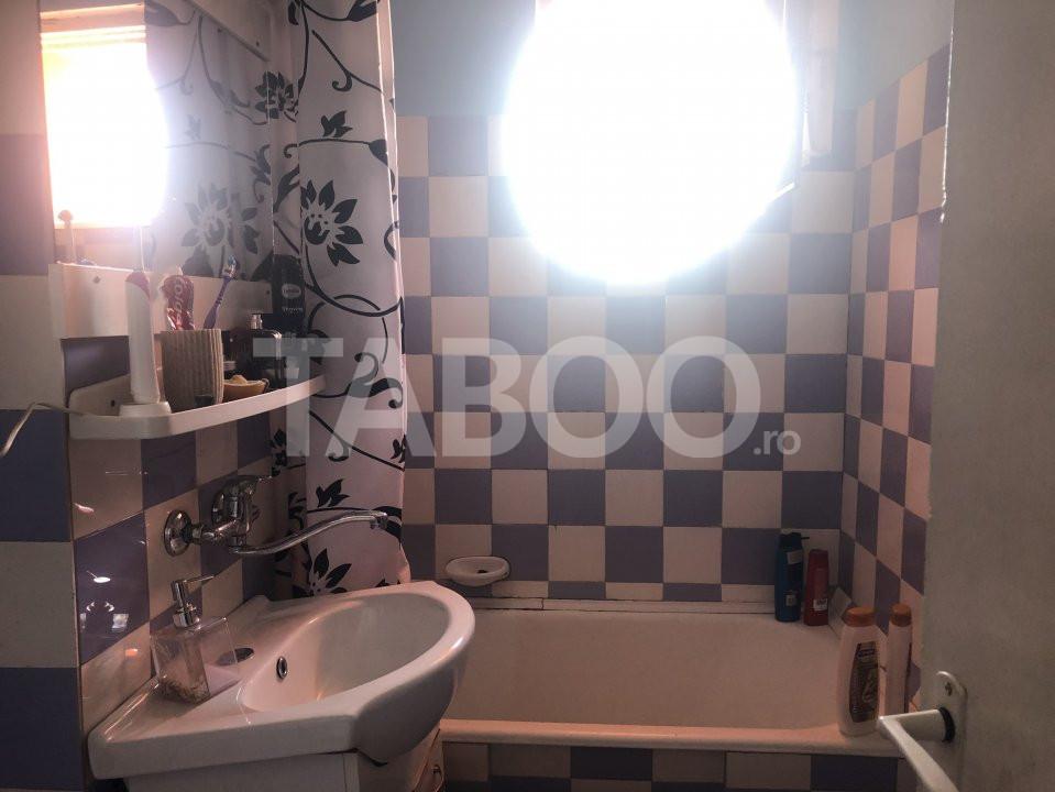 Apartament cu 3 camere decomandate de vanzare Sibiu zona Vasile Aaron 7