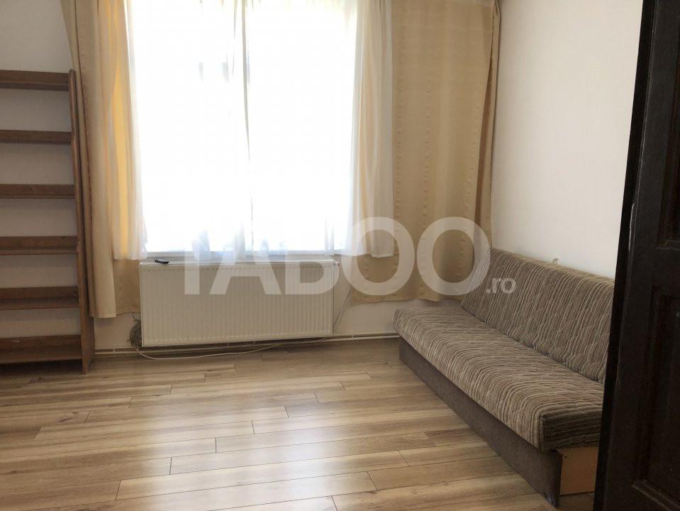 Apartament 2 camere decomandate de inchiriat zona Centrala Sibiu 1