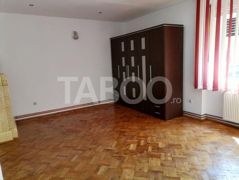 Apartament 3 camere la casa Sibiu zona Centrala trafic pietonal 1