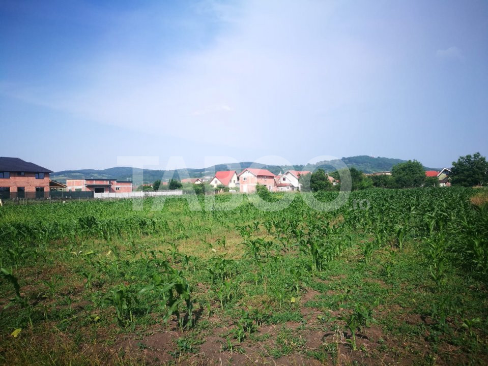 Teren intravilan 475 mp de vanzare in Sibiu Gusterita deschidere 27 m 1