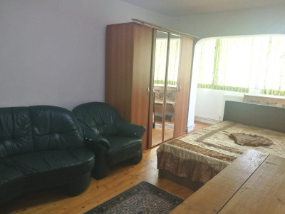 De inchiriat apartament 2 camere zona Vasile Aaron Sibiu