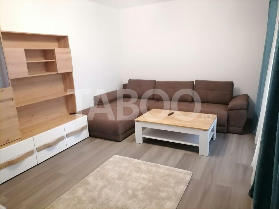 Apartament decomandat de inchiriat 57 mpu loc de parcare in Selimbar 1