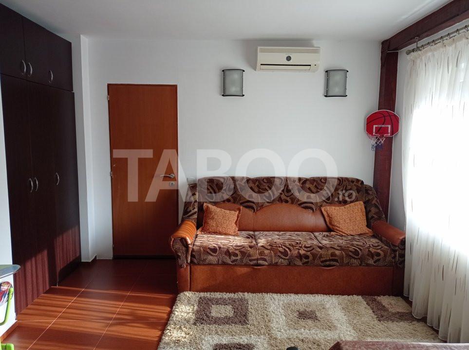 Apartament 2 camere la cheie de vanzare zona Stefan cel Mare Sibiu 1