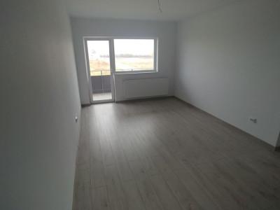 Apartament de vanzare cu 3 camere si pod in Selimbar comision 0%