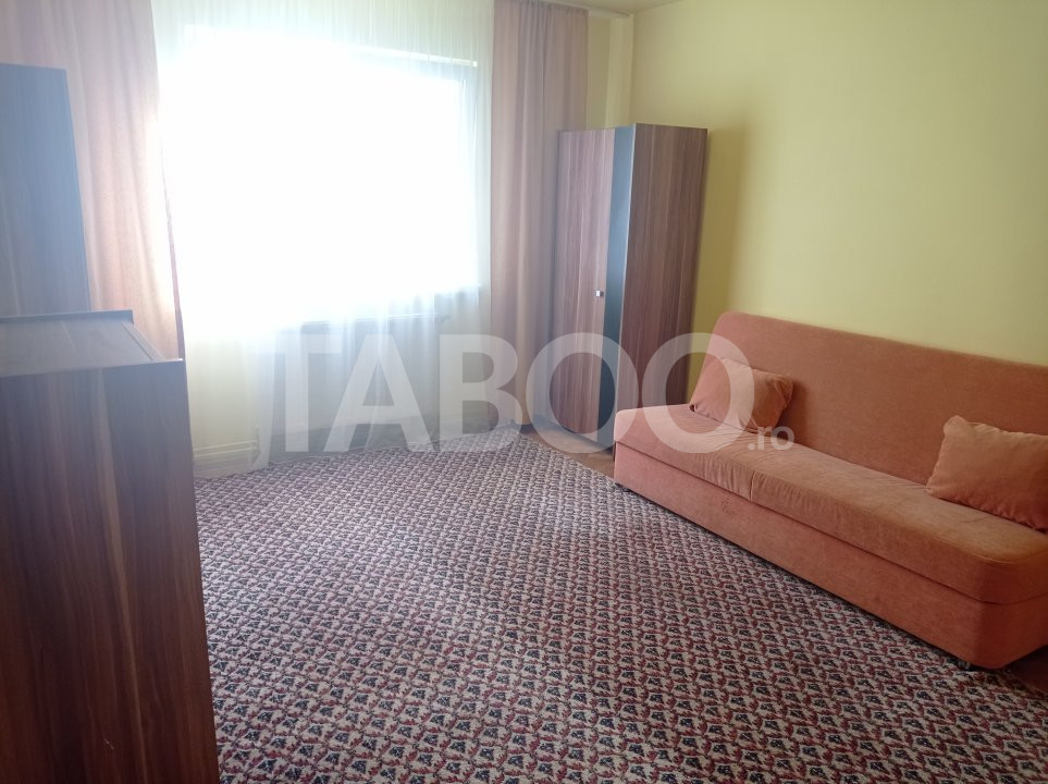 Apartament de vanzare 2 camere si pivnita in Sibiu zona Mihai Viteazu 1