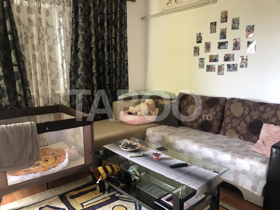 Apartament 3 camere 63 mp utili 2 balcoane de vanzare Selimbar 1
