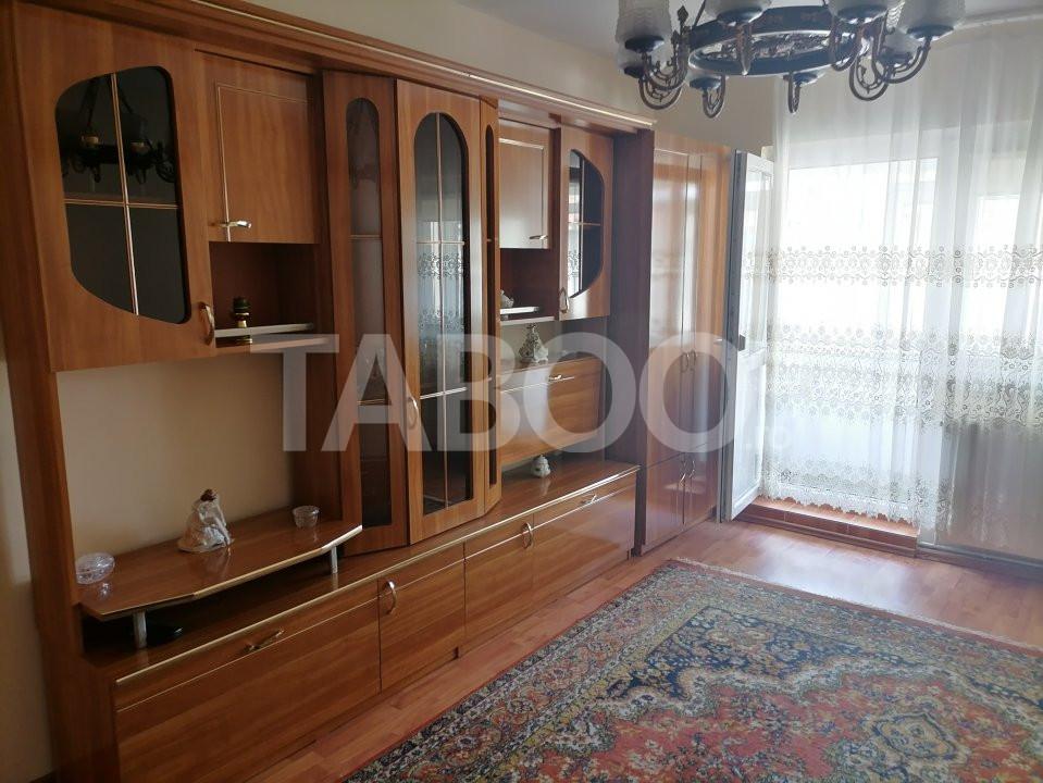 Apartament decomandat 2 balcoane de vanzare Sibiu zona Turnisor 1
