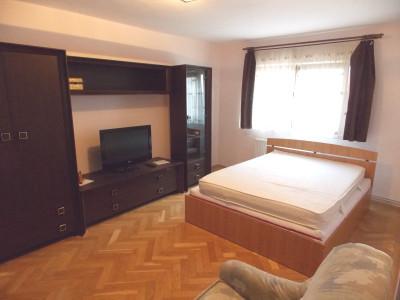 Apartament 2 camere comfort 1 etaj 2 de vanzare in Sibiu zona Rahovei
