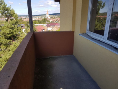 Apartament spatios 63,8 mp 2 camere Cisnadie