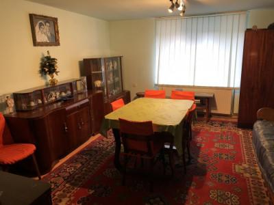 De vanzare apartament la casa 72 mp utili Orasul de Jos in Sibiu