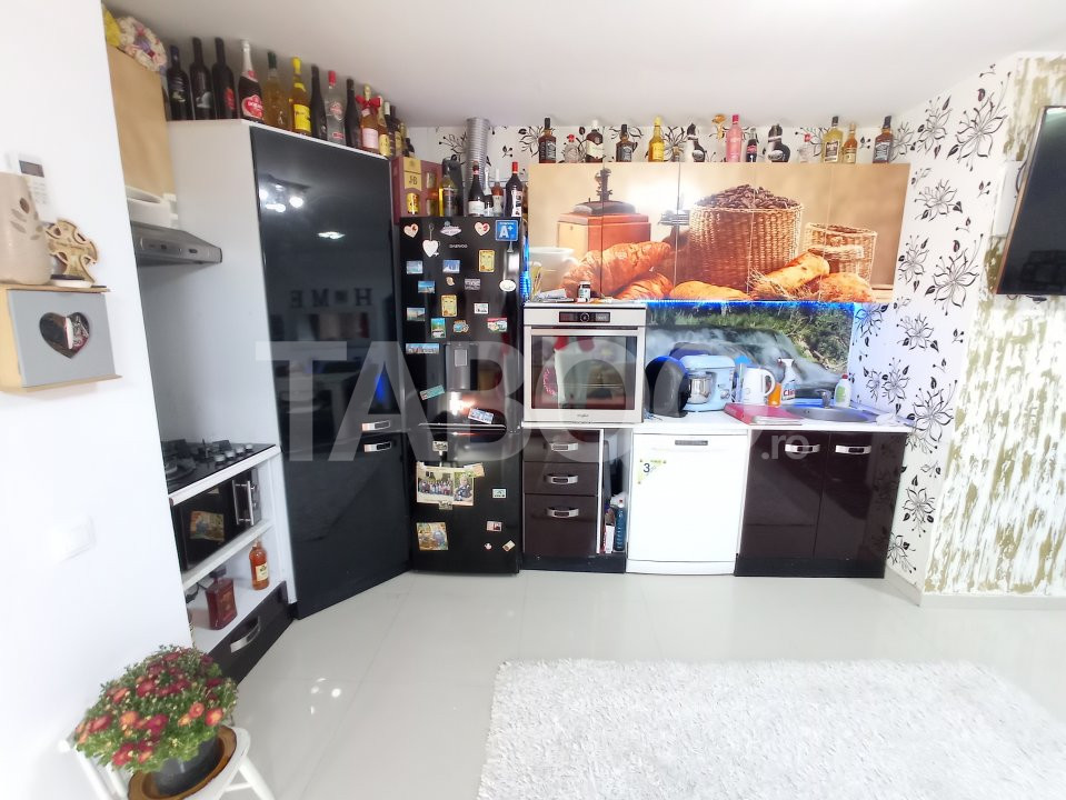 Apartament 4 camere 2 bai si o garsoniera de vanzare Turnisor Sibiu 1