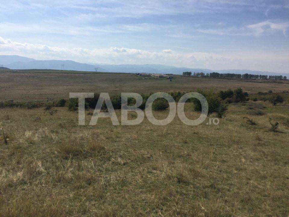 Teren extravilan de vanzare 97000 mp in Sibiu langa Cartier Bavaria 1