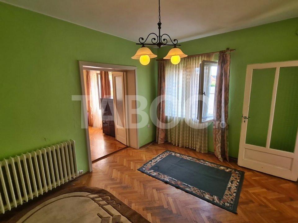EXCLUSIVITATE!!! Casa cu 5 camere de vanzare in Sebes zona buna 1