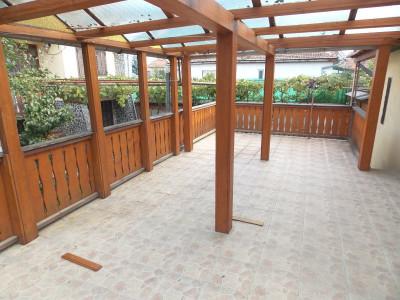 Casa 4 camere de vanzare garaj si terasa 40 mp in Sibiu Calea Poplacii