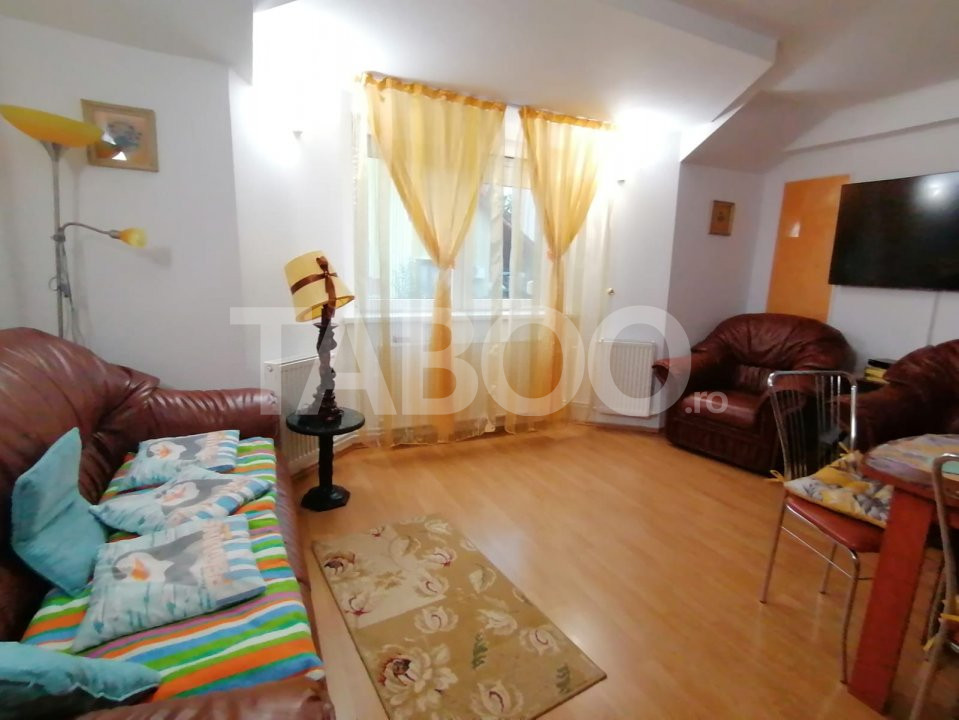 De vanzare apartament 4 camere la vila zona Strand Sibiu 1