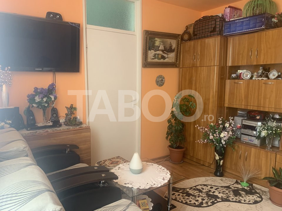 Apartament de vanzare cu 2 camere zona Mihai Viteazu Sibiu 1