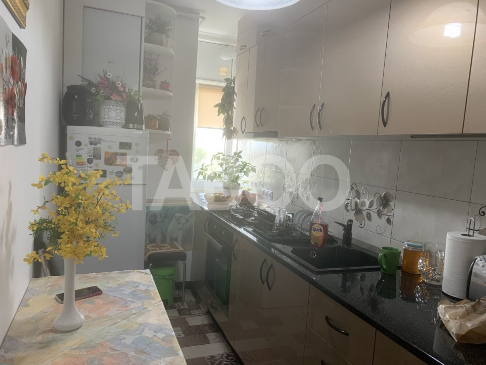 Apartament de vanzare cu 2 camere zona Mihai Viteazu Sibiu 2