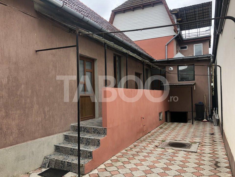 Casa de vanzare 6 camere zona Piata Cluj  in Sibiu 2